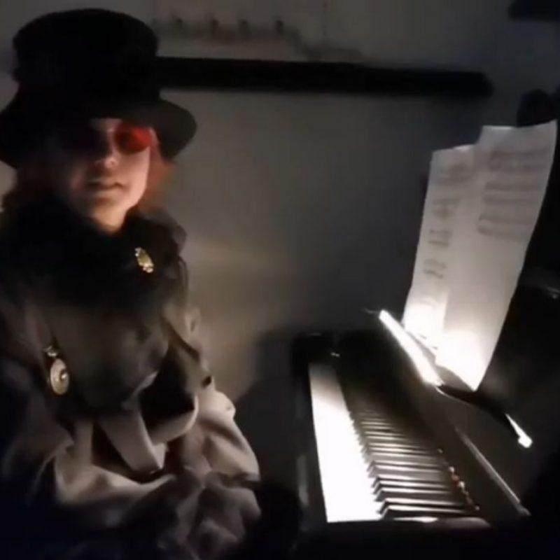 Koncert pod maskama